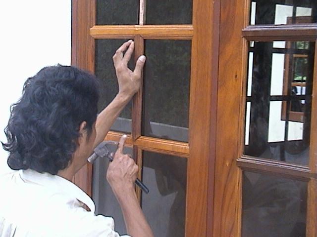Sample Thai Construction - windows and doors